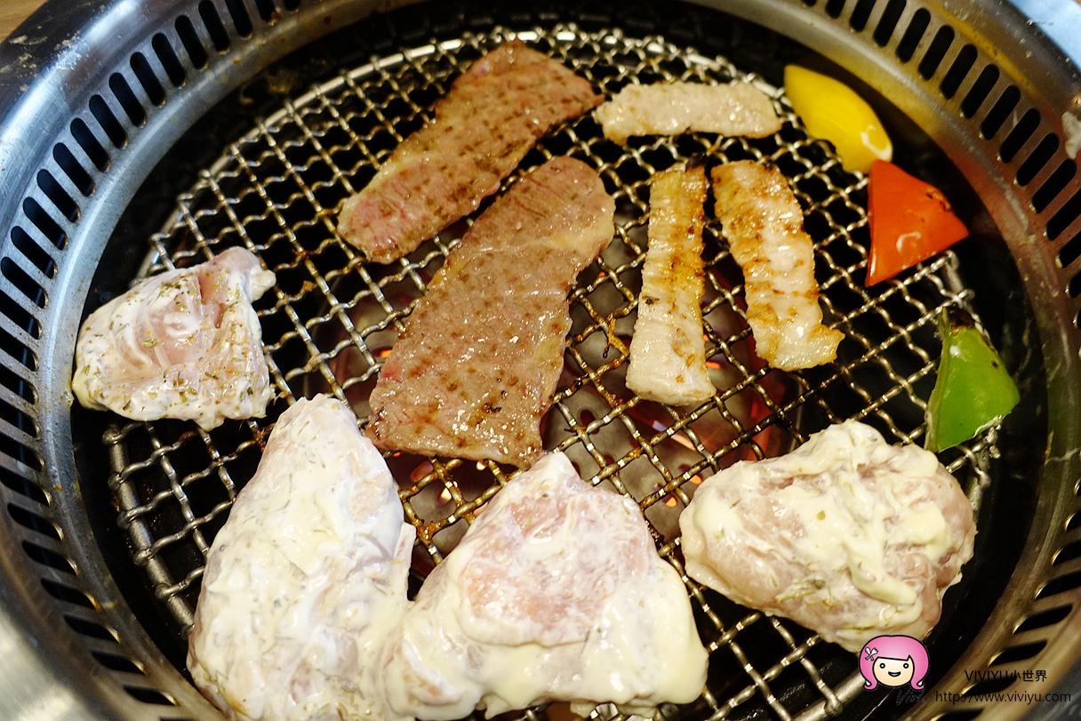 [蘆竹.美食]山奧屋燒肉.單點燒肉份量大~南崁台茂斜對面◈套餐優惠◈牛肉肉質很嫩油花豐厚