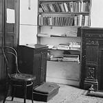 """Fr Sullivan's room <a style=""""margin-left:10px; font-size:0.8em;"""" href=""""http://www.flickr.com/photos/41931592@N06/13892939523/"""" target=""""_blank"""">@flickr</a>"""