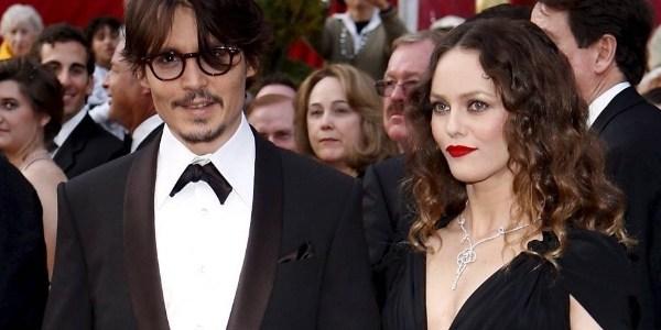 Ex-mulher de Johnny Depp defende o ator em caso sobre agressão