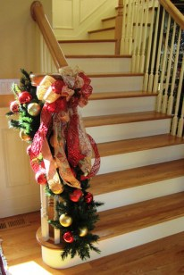 Custom Christmas Decorations - Stairs - Lisa Greene, AAF, AIFD, PFCI