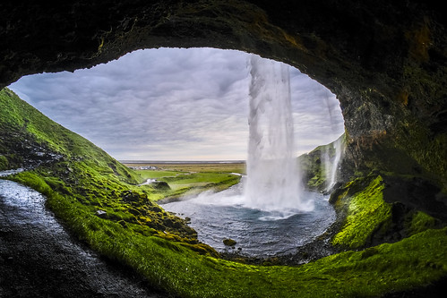 """Skogafoss Thunders Down • <a style=""""font-size:0.8em;"""" href=""""http://www.flickr.com/photos/125636673@N08/27794016782/"""" target=""""_blank"""">View on Flickr</a>"""