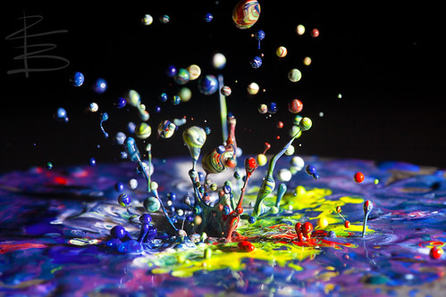music abstract macro art drops paint dancing just messy speaker splash radiohead bouncing vibration gooey speedlite klimas sigma15028macro 580exii canon5dmarkii eyetunes richardbeech whatmusiclookslike comeslikeacometsuckeredyoubutnotyourfriends