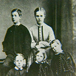 "The Sullivan children <a style=""margin-left:10px; font-size:0.8em;"" href=""http://www.flickr.com/photos/41931592@N06/13128309163/"" target=""_blank"">@flickr</a>"