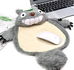 "Totoro mouse pad • <a style=""font-size:0.8em;"" href=""http://www.flickr.com/photos/66379360@N02/8876223357/"" target=""_blank"">View on Flickr</a>"