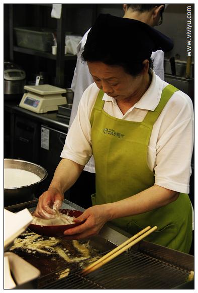 [2013日本四國]香川縣必吃美食.烏龍麵~手打免許 さぬき麺業本店 @VIVIYU小世界