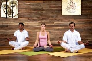 Ayurveda-Resort-Sonnhof_Yoga_Meditationssitz-L...