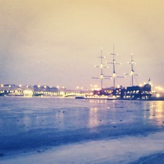 #saintpetersburg #walk #evening #citylights #bestplace #spb #architecture #neva
