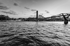 London - Thames - Feb 2015 - Tate Museum and Millenium Bridge