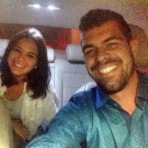 """Borat de """"Amor & Sexo"""" vira motorista do Uber e tem Marquezine como cliente"""