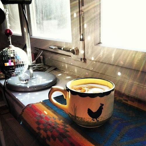 c|_| Kaffee für die #kleiner3 Menschen in meiner Timeline.