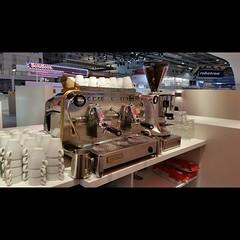 """#HummerCatering @EworldEssen #Day 1 #Messe #Essen #Messecatering #Kaffeecatering #Barista #Kaffeemaschine #Faema http://goo.gl/xajD4e • <a style=""""font-size:0.8em;"""" href=""""http://www.flickr.com/photos/69233503@N08/16307944247/"""" target=""""_blank"""">View on Flickr</a>"""