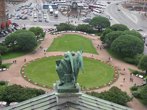 "2011-RU von Oben • <a style=""font-size:0.8em;"" href=""http://www.flickr.com/photos/92114348@N07/8905945236/"" target=""_blank"">View on Flickr</a>"