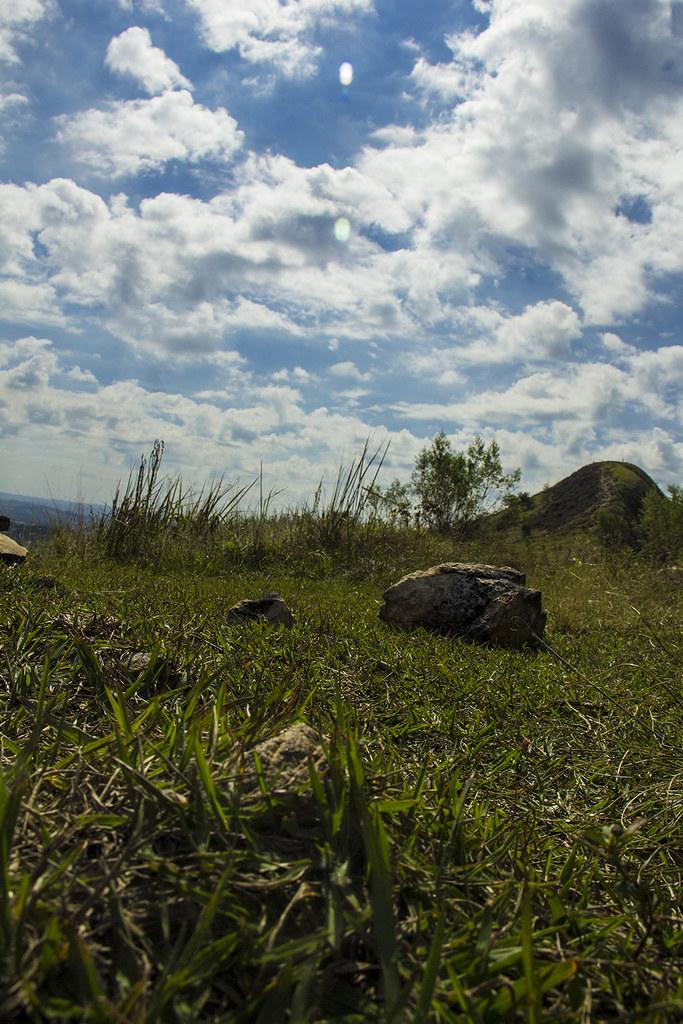 Trilha Morro do Sabóo - Vista do morro maior a partir do menor perto