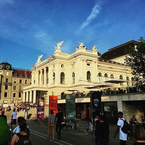 #OpernhausZürich @ #Oper #Zürich #Schweiz #traveloup
