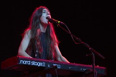 "Julia Holter - Primavera Sound 2016, sábado - 6 - M63C2432 • <a style=""font-size:0.8em;"" href=""http://www.flickr.com/photos/10290099@N07/27410278301/"" target=""_blank"">View on Flickr</a>"