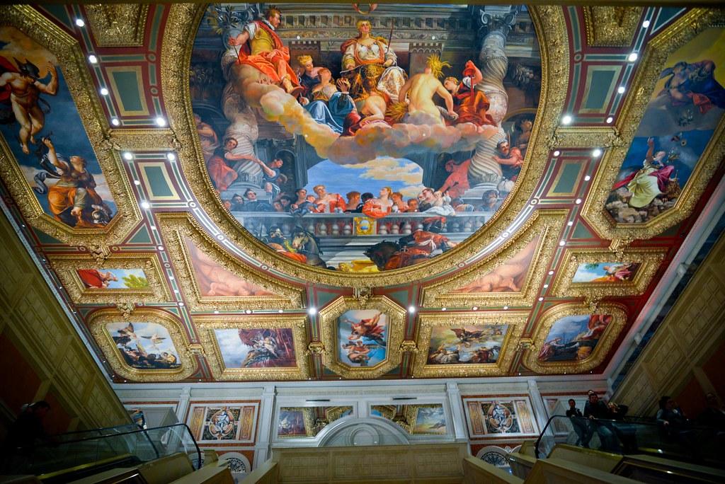 The Venetian的天花板