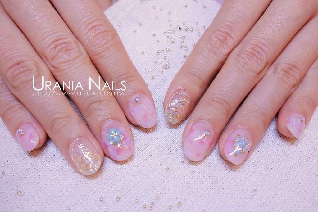 粉彩色調光療指甲