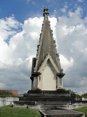 Slark pyramid