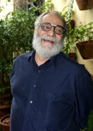 Autor de nova novela da Globo, Walther Negrão é hospitalizado em São Paulo