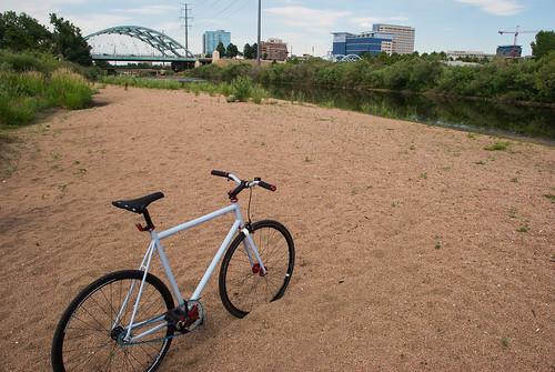 bike stand (Photo: djdominguez93 on Flickr)