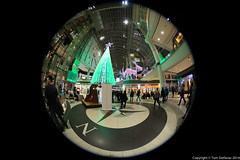 "Eaton Centre - Main Floor • <a style=""font-size:0.8em;"" href=""http://www.flickr.com/photos/65051383@N05/15803052877/"" target=""_blank"">View on Flickr</a>"
