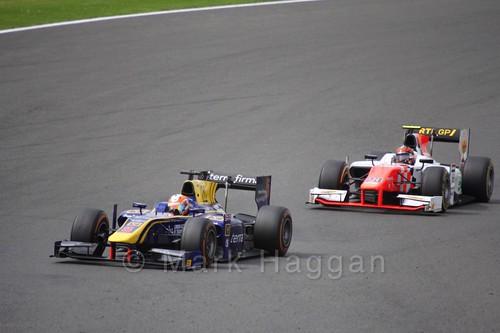 Alex Lynn leads Daniël de Jong in the GP2 Feature Race at the 2016 British Grand Prix