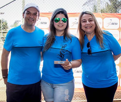 Luciano Araújo, Larissa Linhares e Cleia Chamon