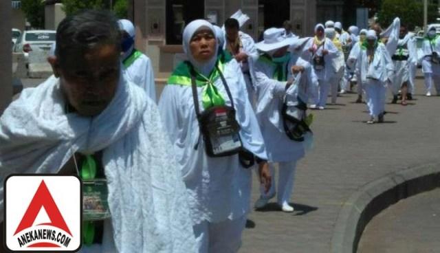 #Terkini: Cegah Barang Jemaah Tercecer, Ikat Tas di Badan