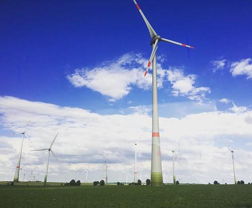 #Windkraft @ #A9 #Fernbus nach #Leipzig #traveloup