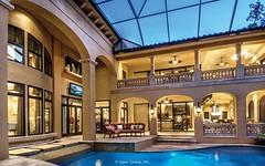 Villa Belle - balcony over pool