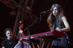 "Julia Holter - Primavera Sound 2016, sábado - 3 - M63C2488 • <a style=""font-size:0.8em;"" href=""http://www.flickr.com/photos/10290099@N07/27205130740/"" target=""_blank"">View on Flickr</a>"