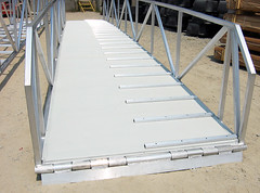 Aluminum Gangway with Anti-Slip Cleats
