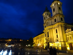The Minorite Church and Dobo Istvan Ter at night