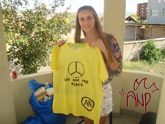 Participantpresentingshirt11
