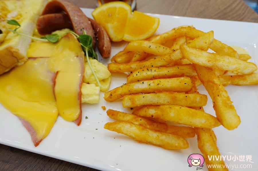 (關門大吉)[桃園.美食]豐滿.總匯三明治-桃園火車站前巷弄~來自板橋火紅的早午餐名店.西式早餐 @VIVIYU小世界