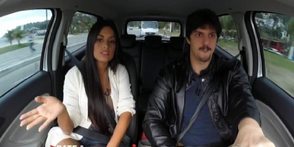 """Aline Riscado diz que já ficou com André Marques: """"Foi apenas um beijo"""""""