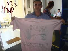 Participantpresentingshirt10