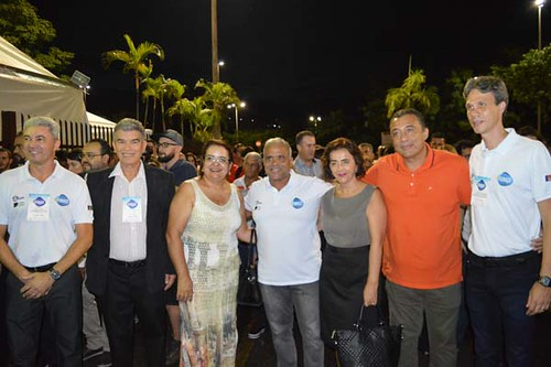 José Carlos Alvarenga, da CDL, vereadora Lene Teixeira, Prefeito Nardyelo Rocha, vereadora Cassinha Carvalho, vereador Adiel e Cláudio Zambaldi da ACIAPI