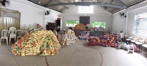 Alimentos arrecadados - Foto Divulgação (2)