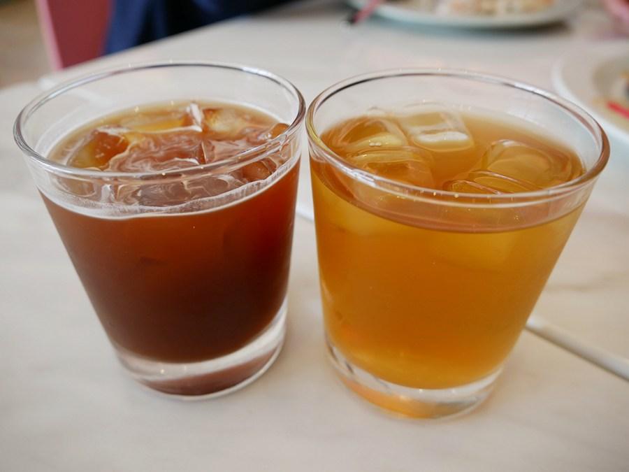 (關門大吉)[桃園美食]Li's 俐思咖啡|寶山商圈不限時寵物友善餐廳~早午餐.咖啡.千層蛋糕美味 @VIVIYU小世界