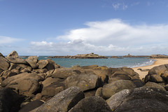 Plage & cailloux - Beach & rocks