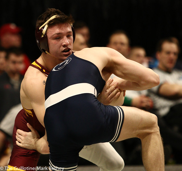 3rd Place Match - Nick Lee (Penn State) 27-2 won by major decision over Mitch McKee (Minnesota) 20-5 (MD 12-4) - 190310dmk0075