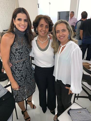 Clarissa, Maria Clara e Ângela