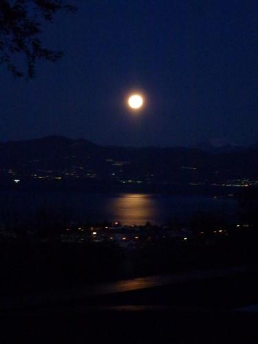 Full moon 9 jan 2012