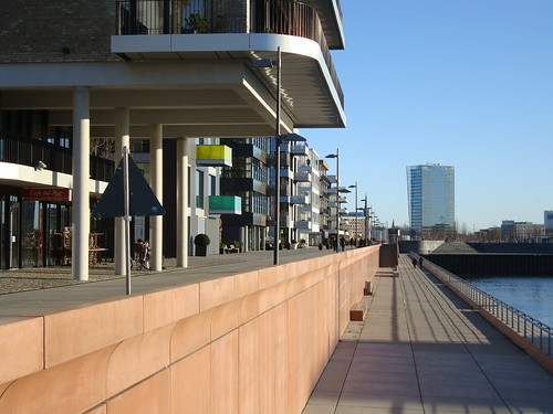 Bremen Überseehafen by Jens-Olaf