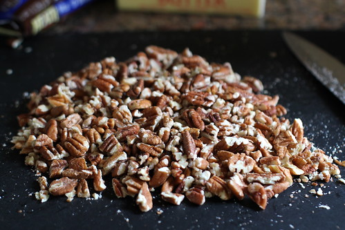 chopped toasted pecans