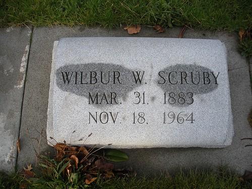 WilburScrubyheadstonesmall