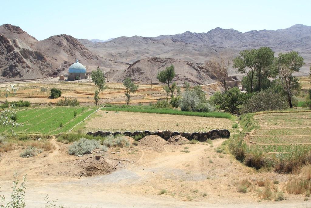 Ruined city of Kharanaq