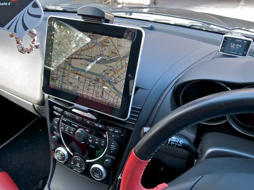 iPad in Mazda RX-8 (200-CAR010)