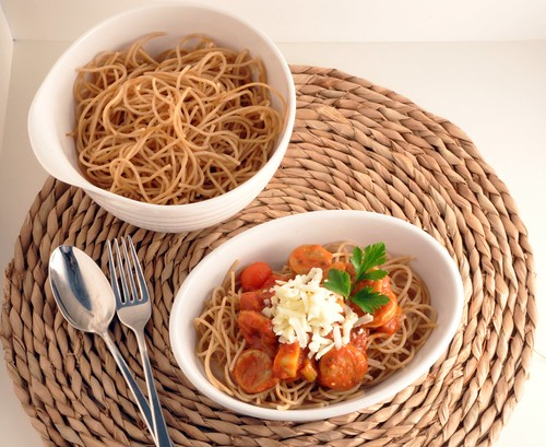 Pasta with sausage and vegetables
